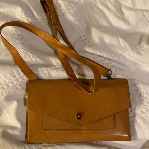 Noonday purse all leather like new